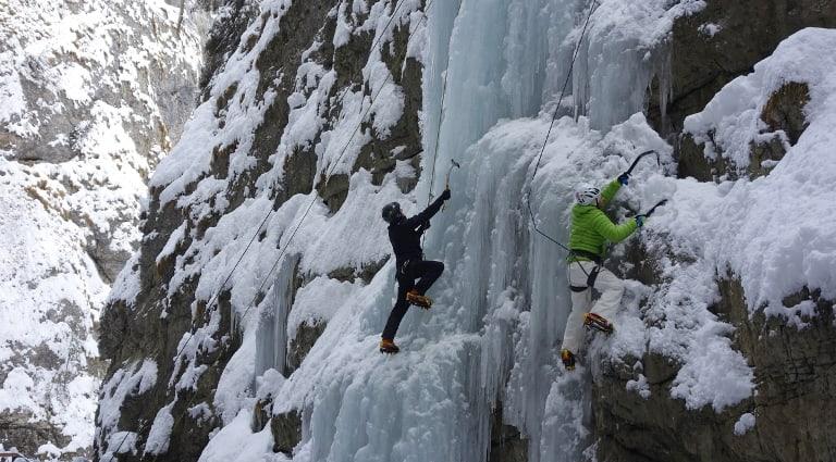 arrampicata-ghiaccio-veneto-avventura