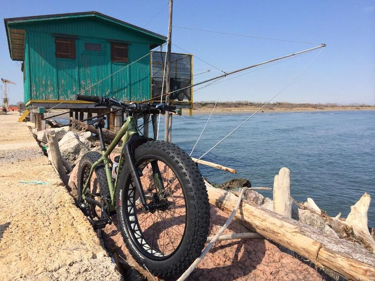 Venice activity holiday: fat bike in Lido Island