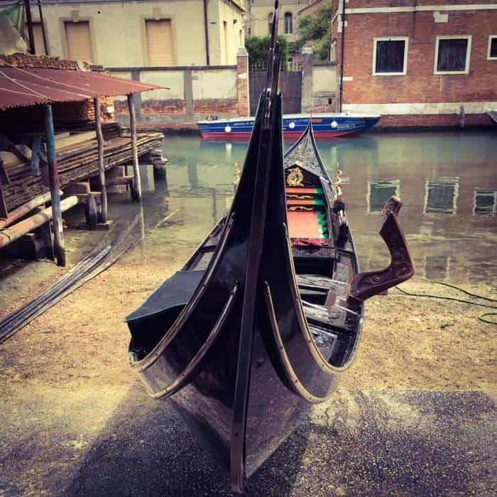 gondola-venice-venezia-squero-artigianato Venice craft: a gondola