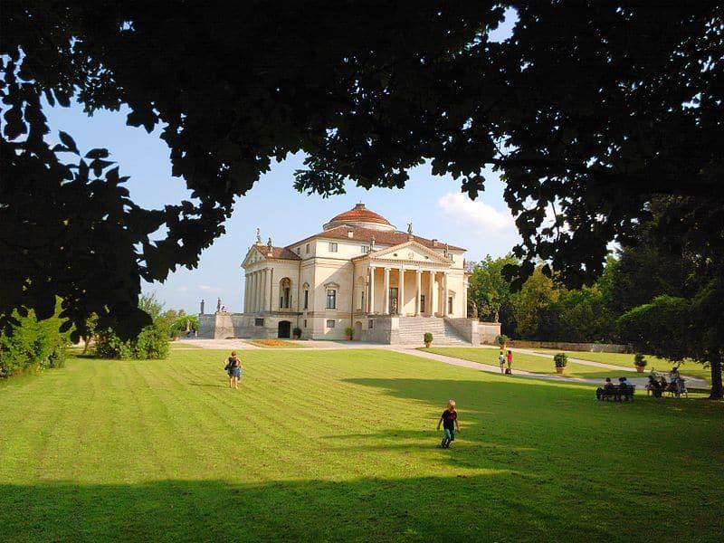 Places to visit near lido di Jesolo: Villa Capra, PH Mark Beston