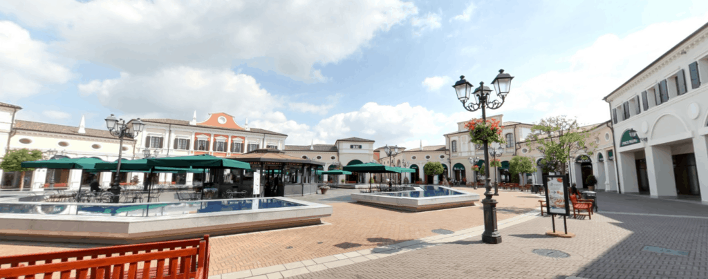 Places to visit near lido di Jesolo: Designer Outlet in Noventa