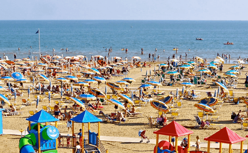What to do in Bibione: the beach