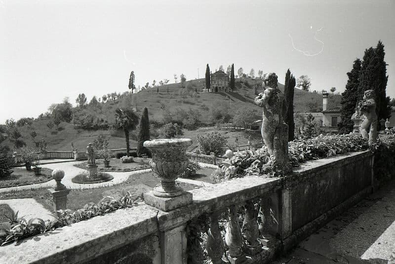 10 things to do in Treviso: Asolo, 1966. PH Paolo Monti -Fondazione BEIC at Civico Archivio Fotografico in Milano.