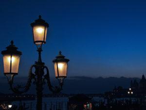 Attrazioni Venezia. Tour di notte