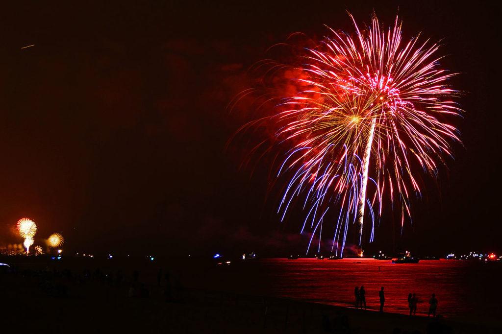 Beach on Fire 2021 night