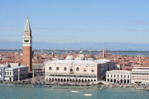 Von den Stränden nach Venedig: Buchen Sie Transfer und Aktivitäten in wenigen Minuten!
