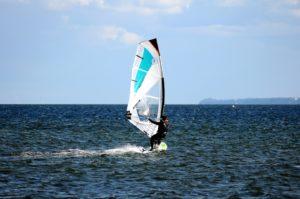 Windsurf in Jesolo – Kurse und Ausrüstungsverleih
